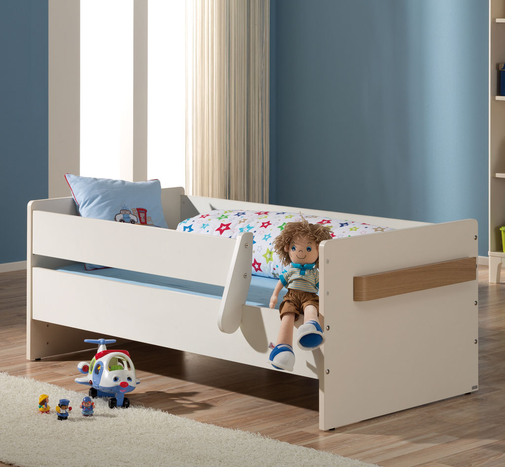 kinderbett mit stufen best halbhohes bett charly akazie inkl kommode with kinderbett mit stufen. Black Bedroom Furniture Sets. Home Design Ideas