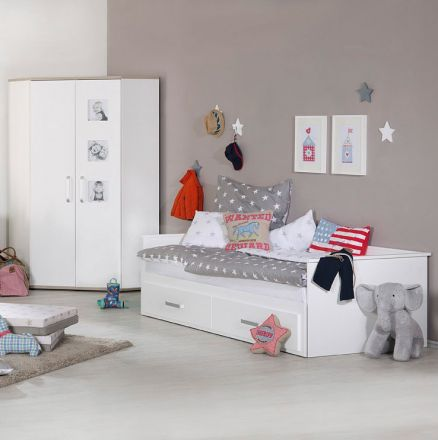 roba kinderzimmer louisa the 25 best ideas about leipold stubenwagen on pinterest bebe. Black Bedroom Furniture Sets. Home Design Ideas
