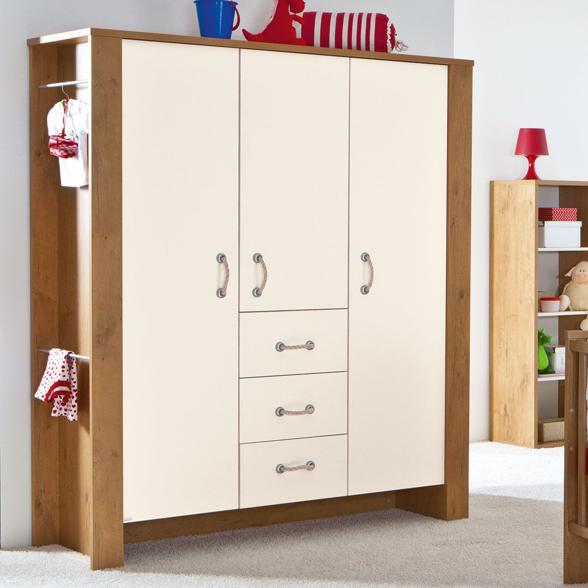 paidi henrik kleiderschrank eiche beige 3 t ren. Black Bedroom Furniture Sets. Home Design Ideas