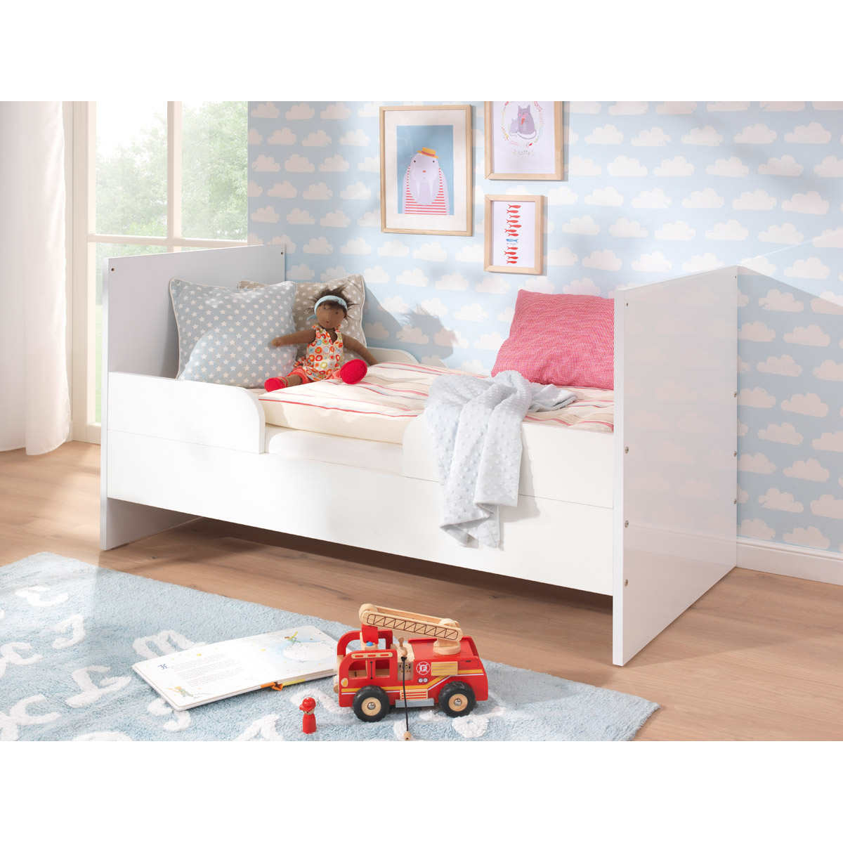 wellem bel glossy kinderzimmer mit 2 t rigem schrank. Black Bedroom Furniture Sets. Home Design Ideas